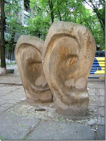 Смешные памятники Харькова