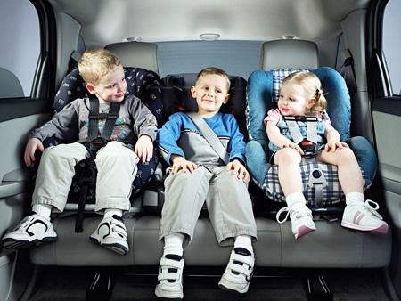 С 1 января изменятся правила перевозки детей в автомобилях