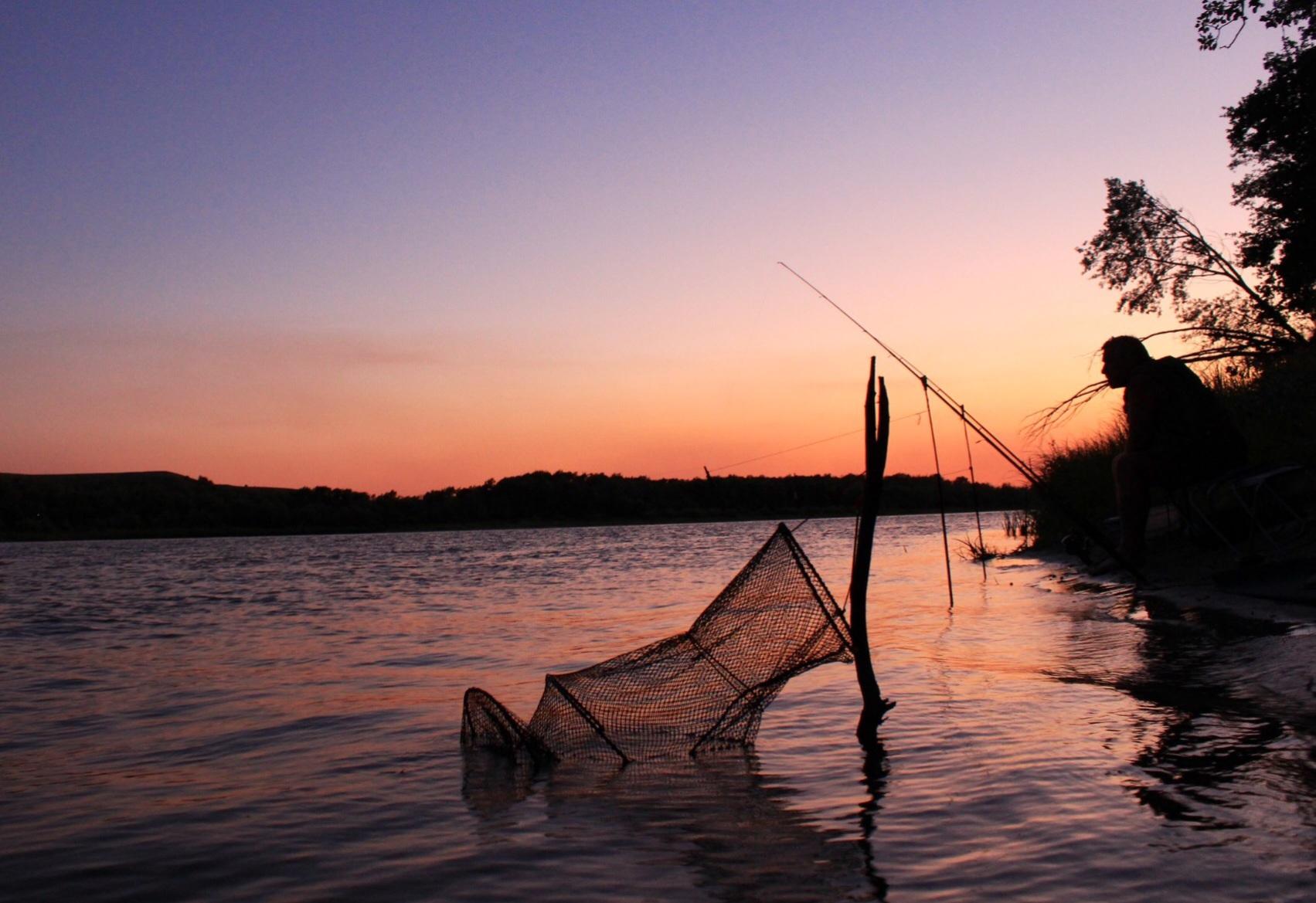 картинки рыбаки на природе
