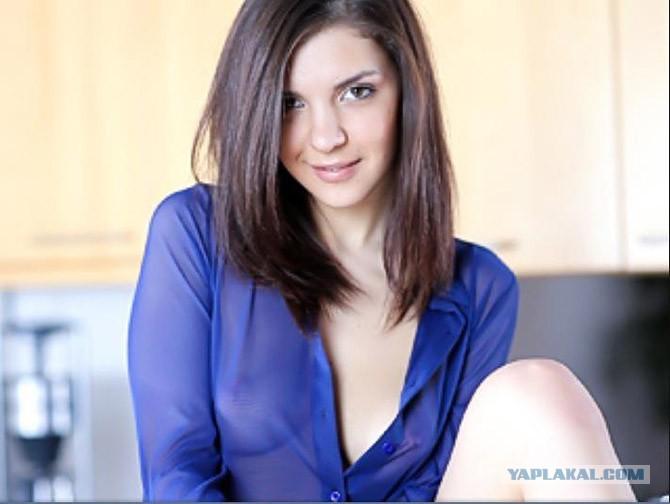 Итальянская порнозвезда секс на складе