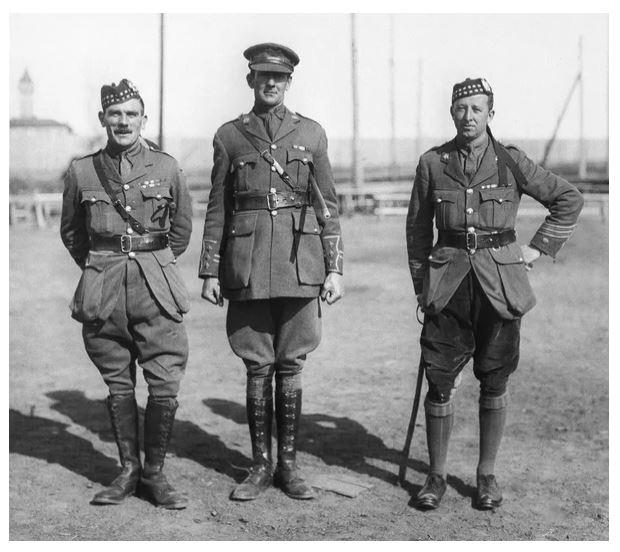 Зачем военные носили галифе?