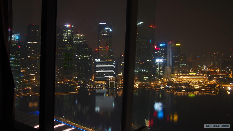 строение красивый вид из окна картинки ночью представляет собой