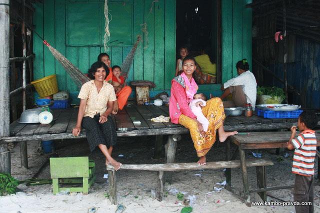 Как живёт семья таксиста из Камбоджи