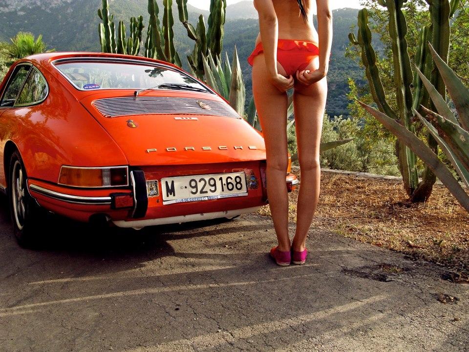 Прикольные картинки девушек с авто