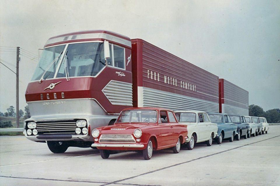 Автомобиль Форд Big Red