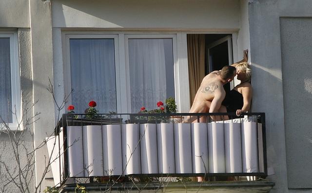 оргия на балконе