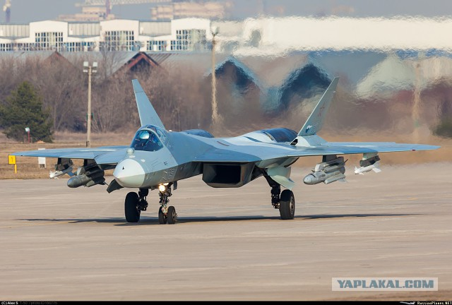 ВКС РФ в 2017 г. получат на вооружение истребители пятого поколения Т-50