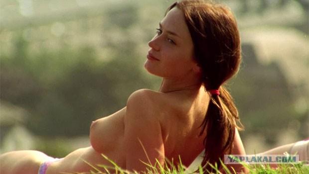 эмили блант фото голая