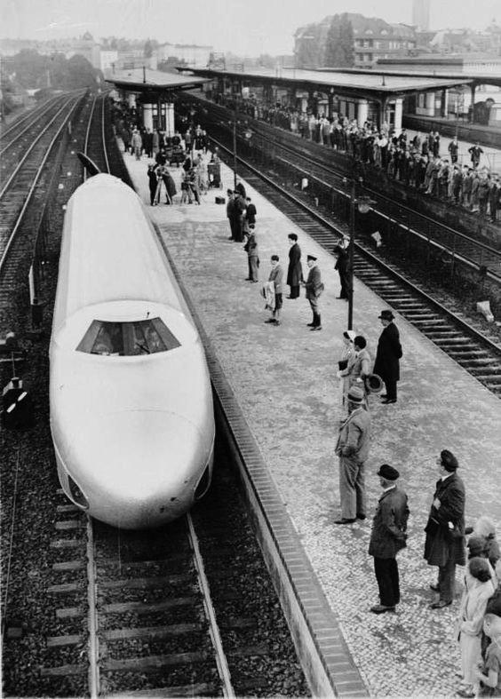 Берлин. Транзитная система. Нацистско-германский поезд-пуля. 21 июня 1931