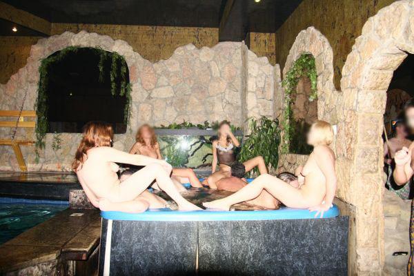 Сайты знакомств свингеров в паттайе, голые студентки в самаре