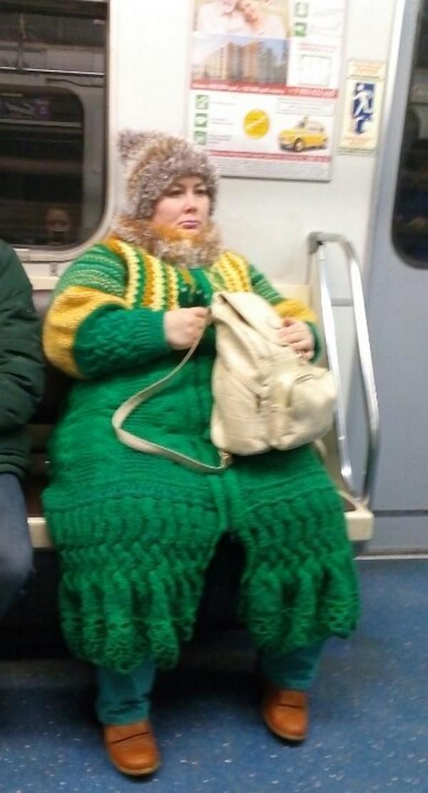Свежие подземные модники из метрополитена