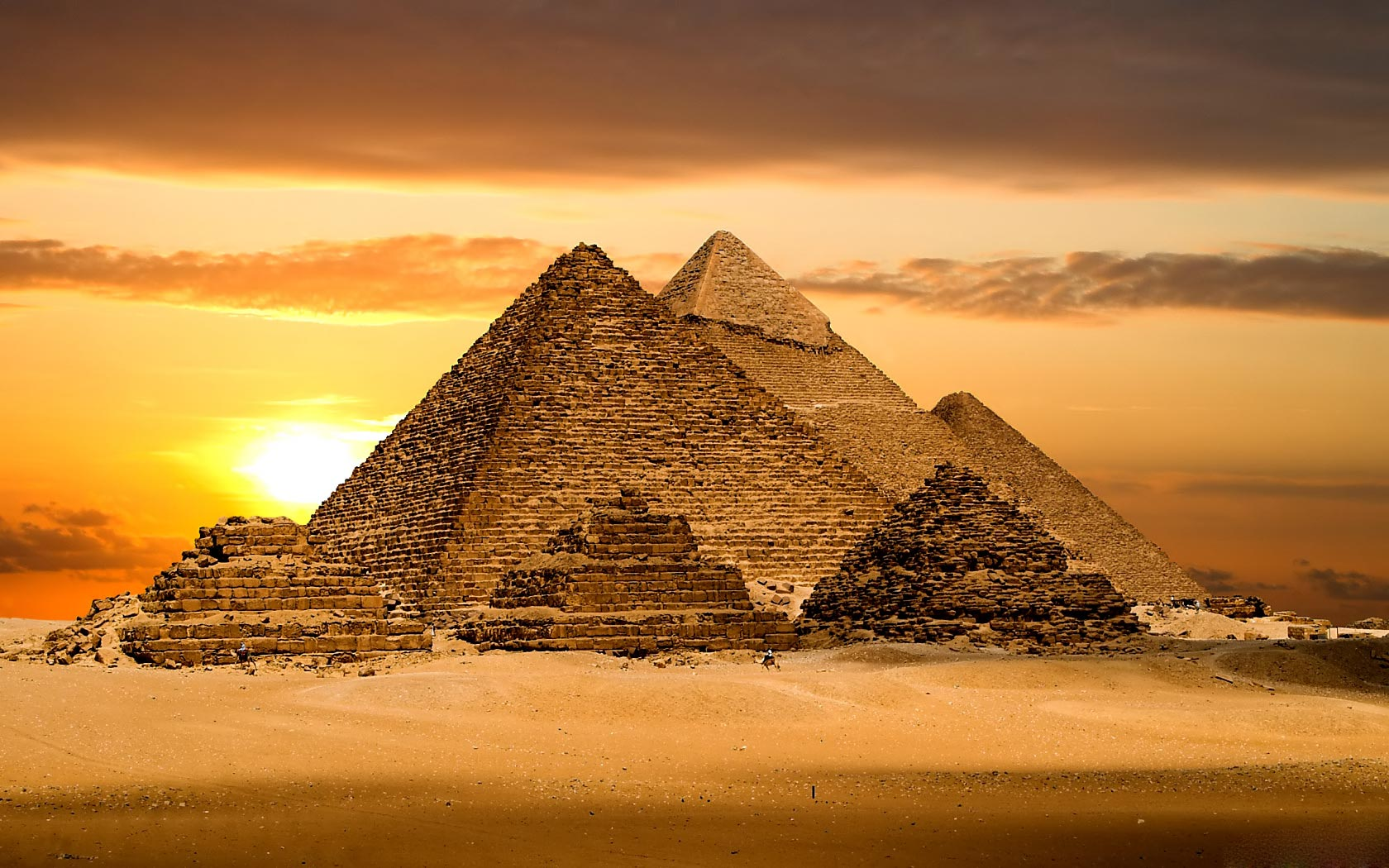 how the early egyptians built the pyramids
