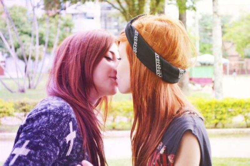 Просто целующиеся девушки фото фото 411-569