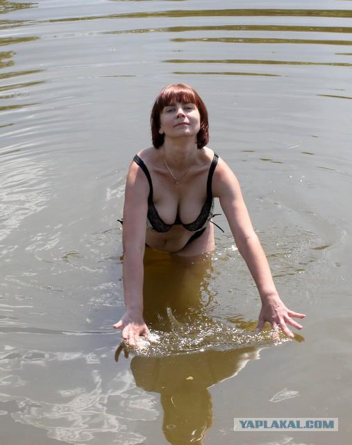 Фотографии голых баб ебут на речке — pic 12