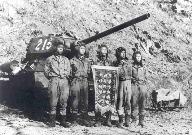 Послевоенная история легендарного танка Т-34 (Будет 23 фото)