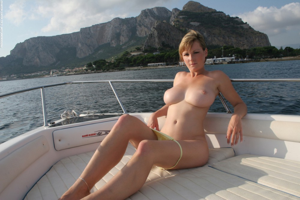Big Tits On A Boat 54