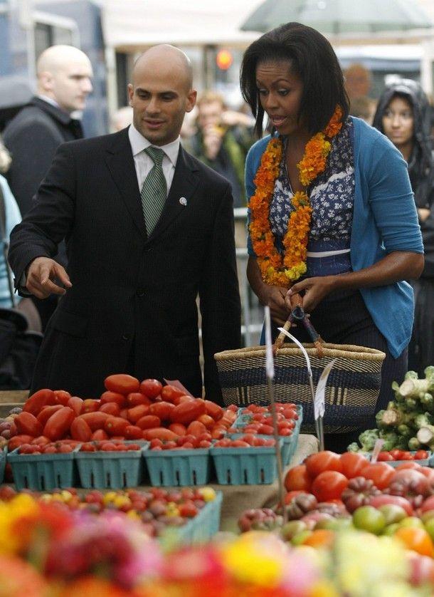 Даже жена президента удивляется ценам