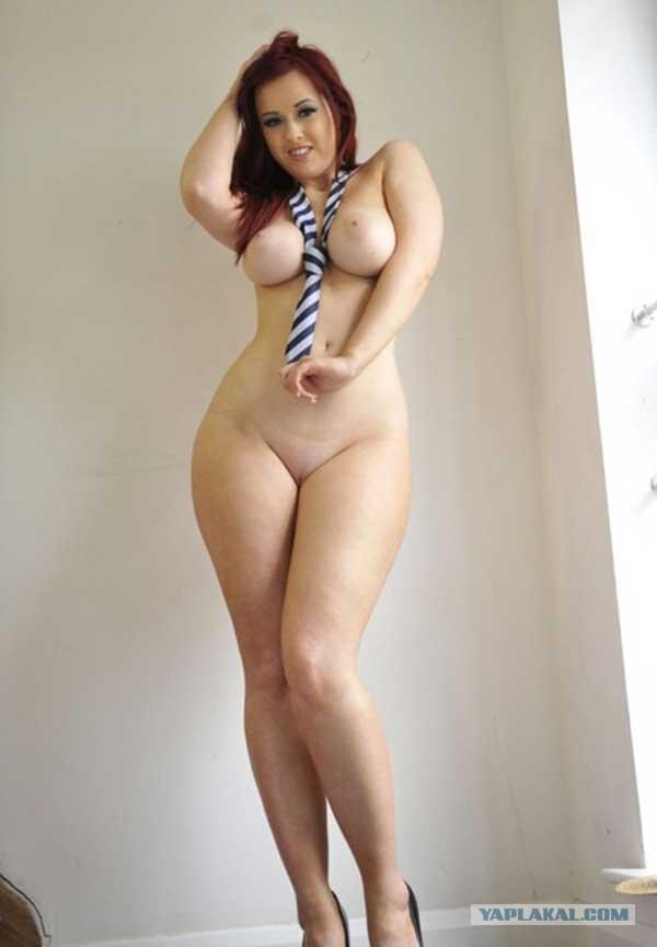 аппетитная пышечка с красивым телом