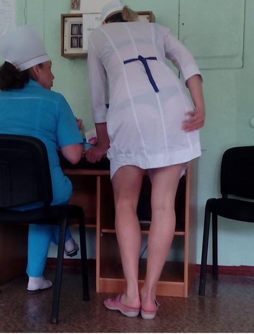 фото дали медички в коротких халатах фото просвечивающих видов пернатых