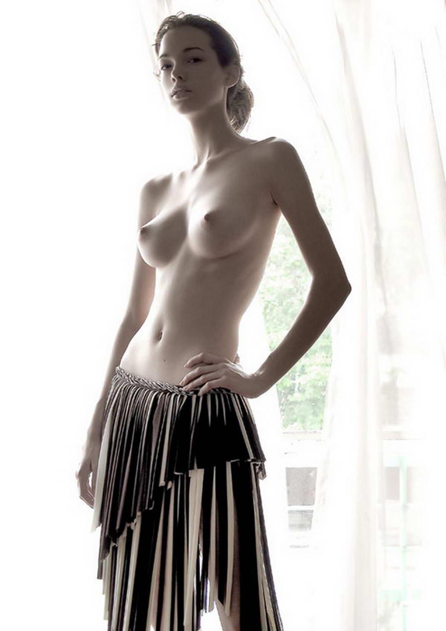 голые в длинных юбках