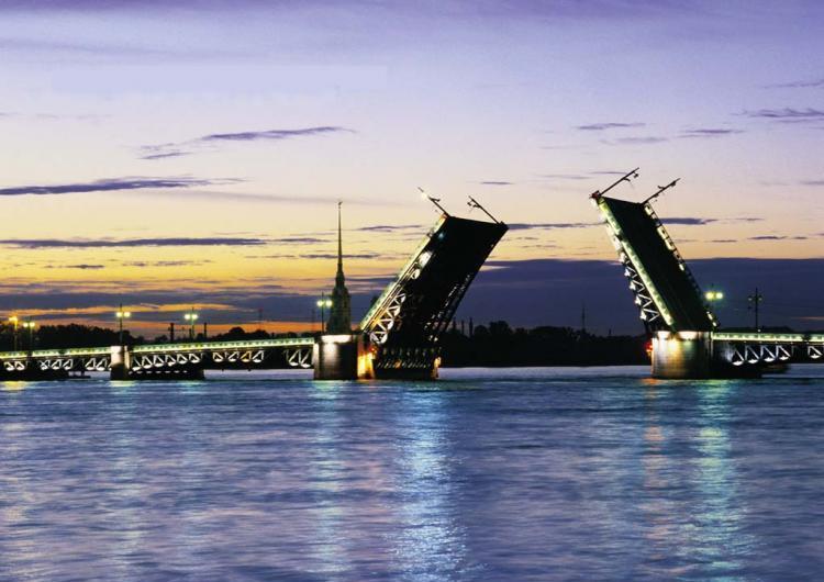 Видео : Белые ночи Санкт - Петербурга
