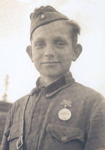 Отважный сирота Ванька, взявший в плен фашиста