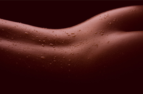Грязное женское тело видео, качок жестко долбит молодую