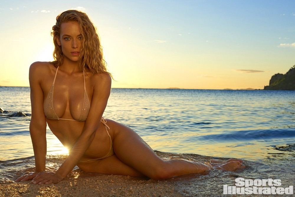 Hannah Ferguson Sexy For Staggering Swimsuit Issue Aznude Assoass 1