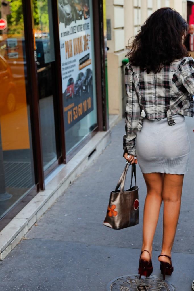Скрытое видео прозрачная одежда на улице фото 496-912