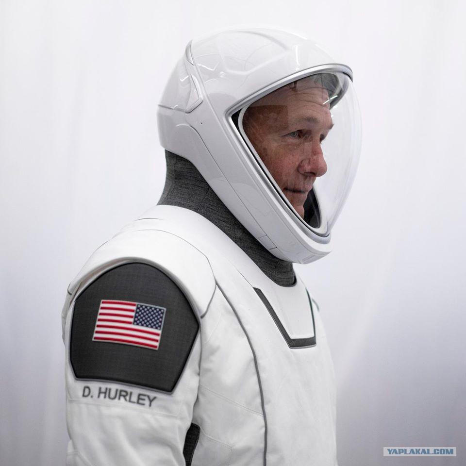 27 мая. США возобновляют полёты людей в космос