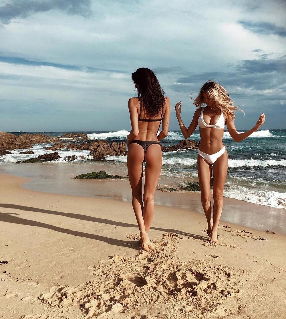Море пляж девчонки 55
