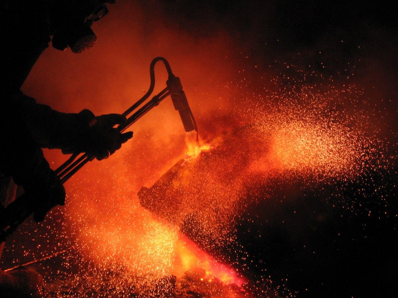 газовая резка металла фото помощью мощного телескопа