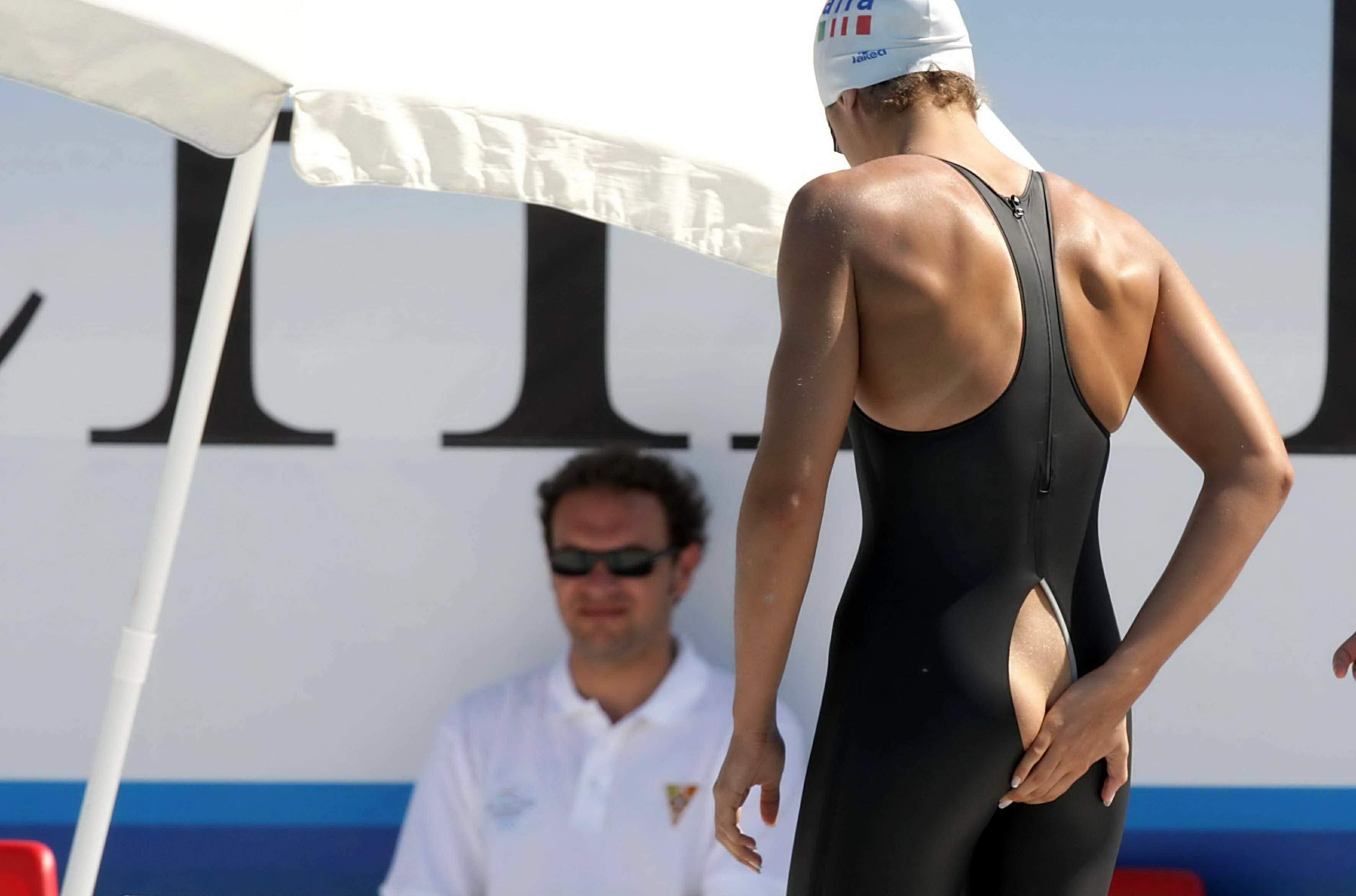 неделю рваные трусы у девушек в спорте права защищены