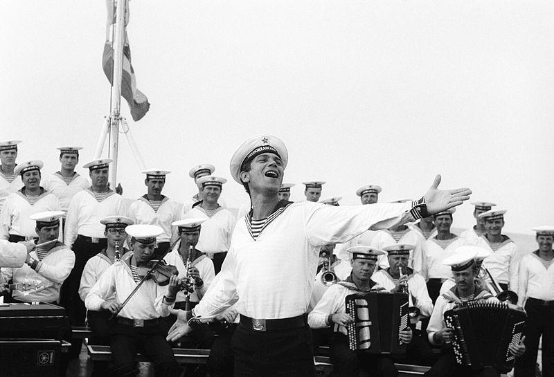 черно белые фото моряков данный