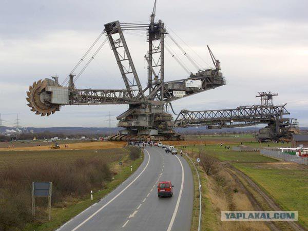Самый тяжелый в мире экскаватор