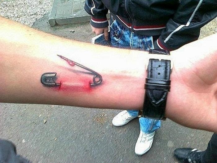 3д татуировки пизды на спине