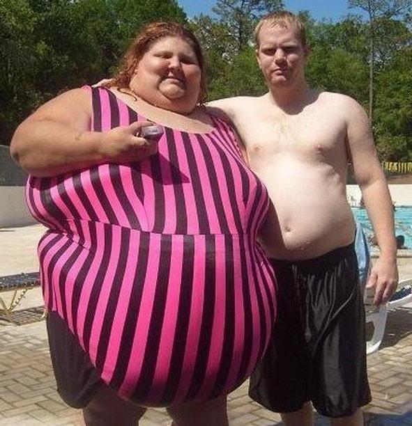 Очень толстый мужик с бабой, красивая итальянка в чулках видео