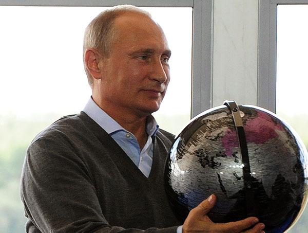 Путин пошутил с юными географами: Граница России нигде не заканчивается