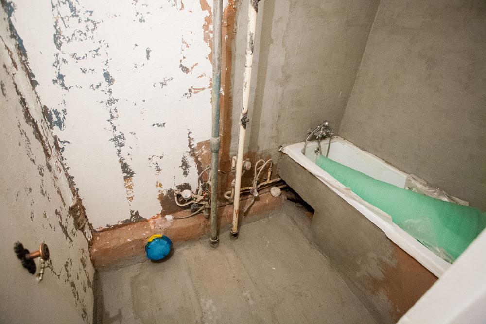 Они ебали ее в ванной фото 611-100