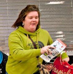 Как отучить девушку ходить по магазинам.