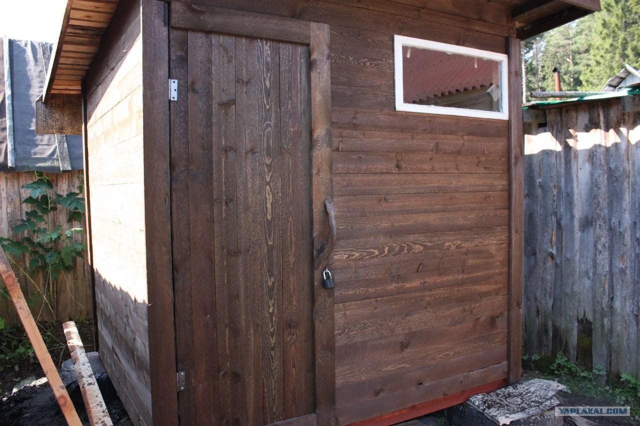 Как сделать сарай из дверей 935