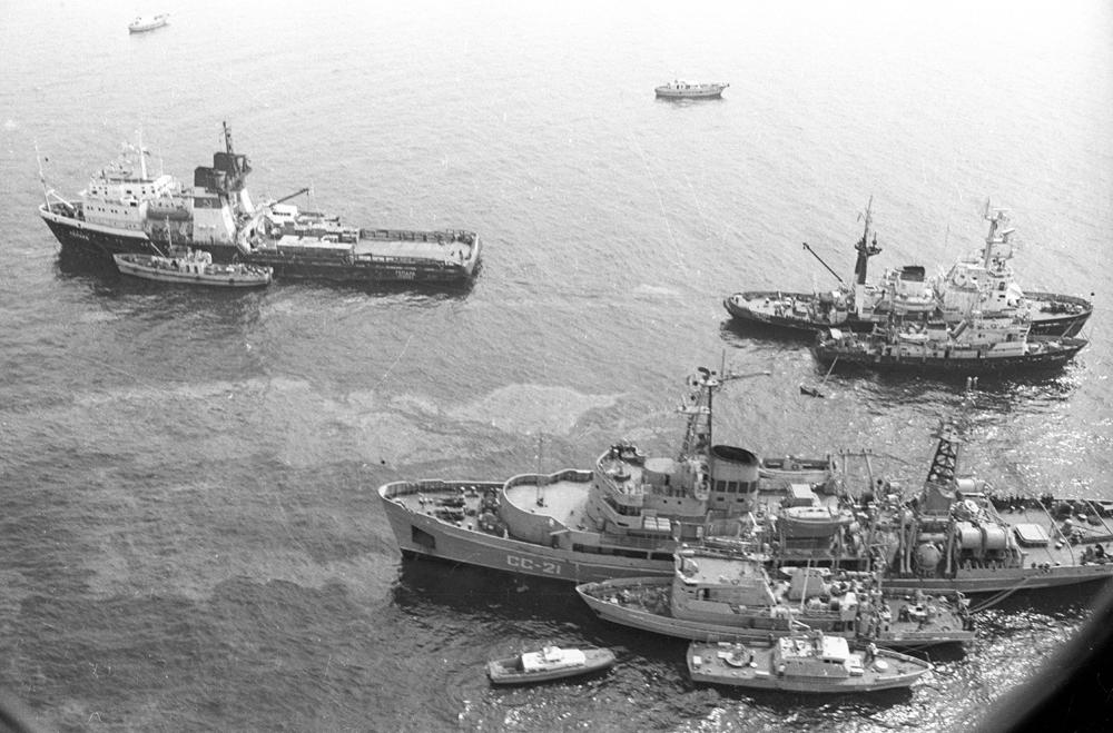 фото крушение лайнера адмирал нахимов меня