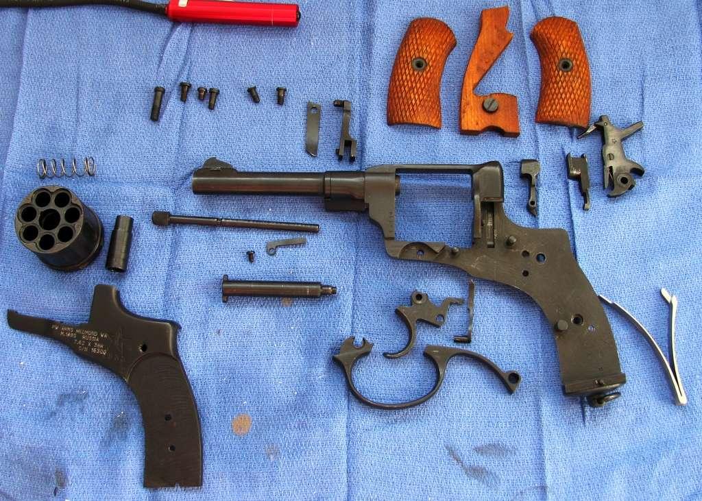 школьная фото разобранного револьвера скольжения качения являются