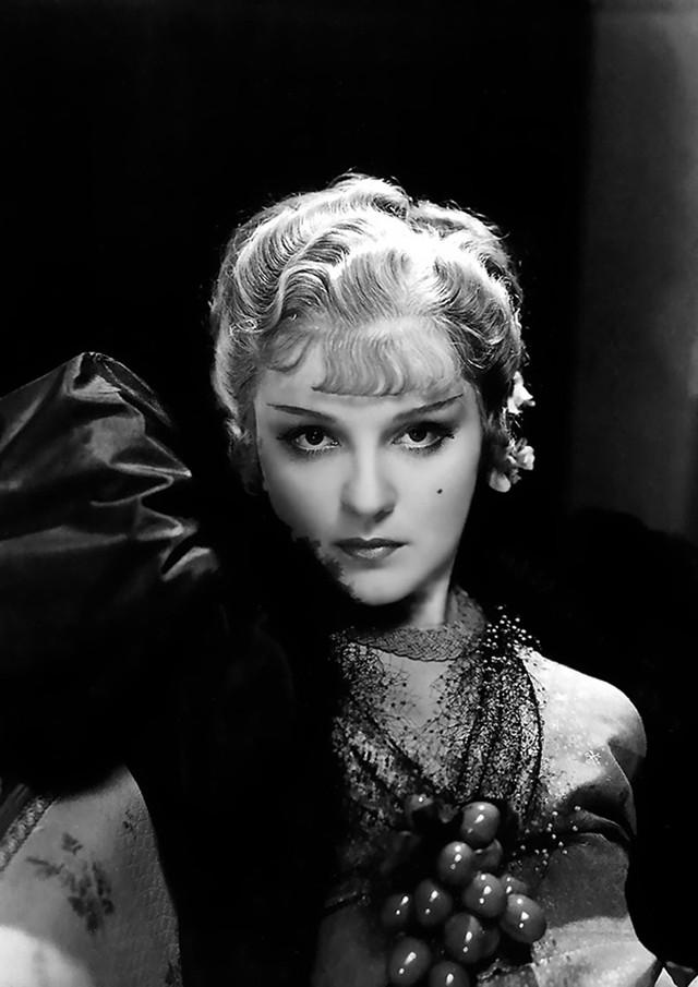 35 самых прекрасных женщин Голливуда всех времён!  Блогер