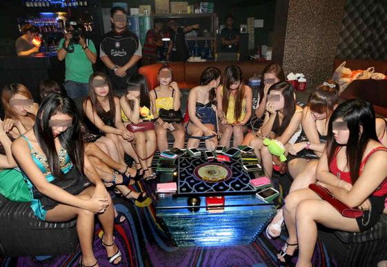 Китай проститутка девушка проститутка номером
