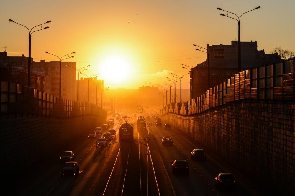 Ранний рассвет город фото
