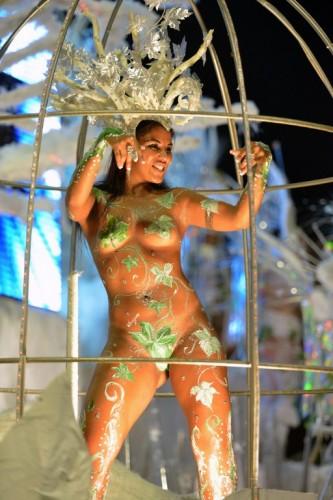 Бразильские карнавалы без цензуры, порно раздвинула очко смотреть онлайн