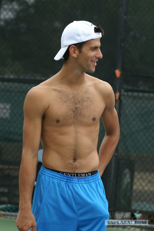 Mens tennis naked — pic 1