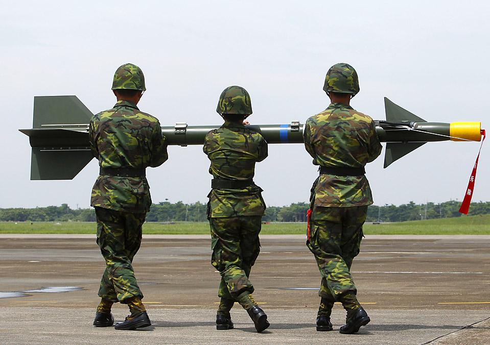Прикольные картинки с солдатами и военными