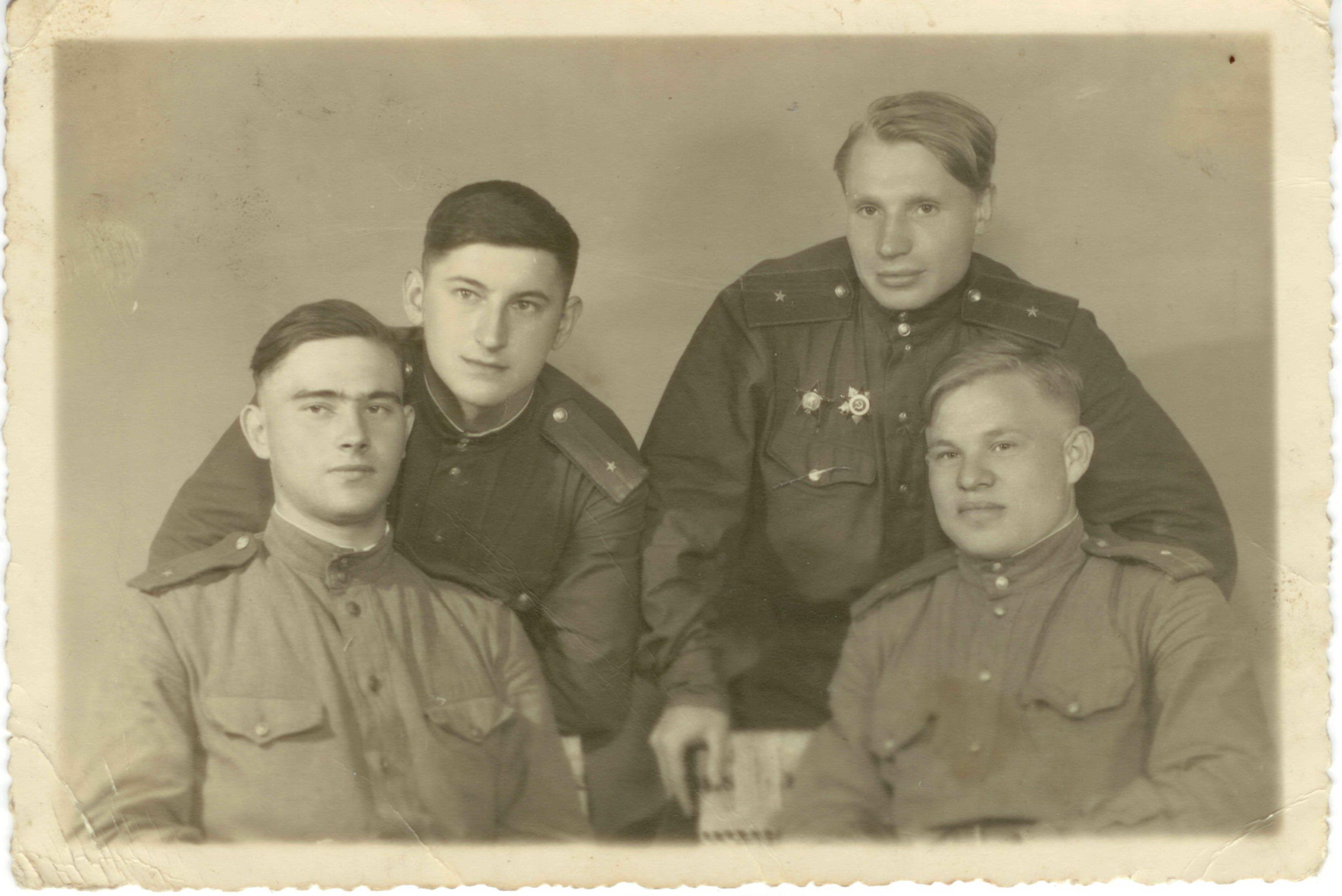 что военный архив фото акишин а в основная